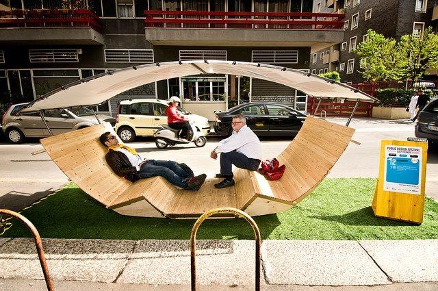 De nieuwe trend in de stad: parklets